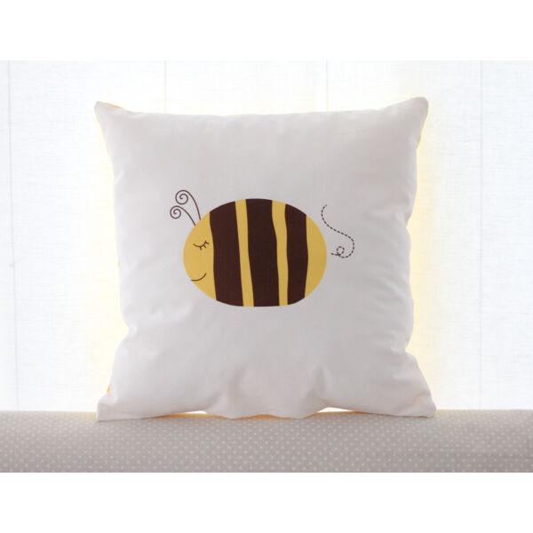 Pulee design párna - méhecske
