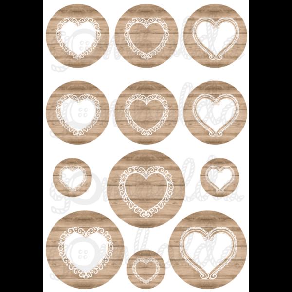 Mintás barkácsfilc - szívek világosbarna fa körökben