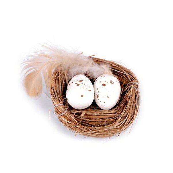 Dekorációs madárfészek tojásokkal