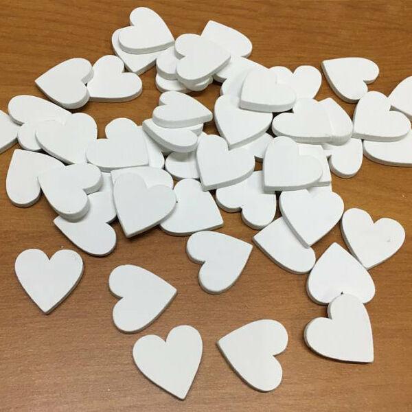 Fehér fa szívek 2cm - 15db