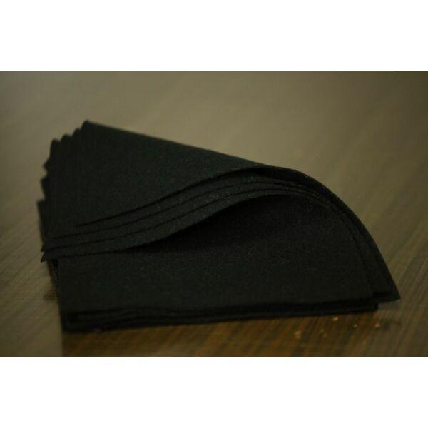 Pihe - puha gyapjúfilc lap - fekete