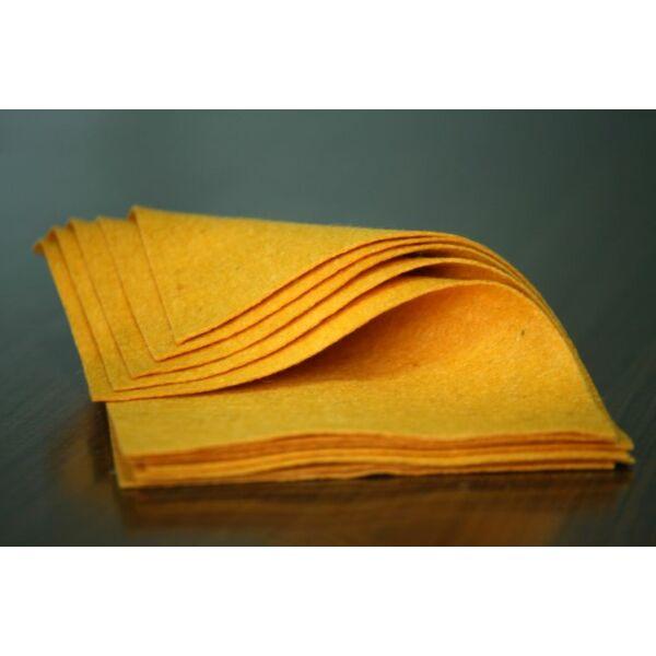 Pihe - puha gyapjúfilc lap - mangó
